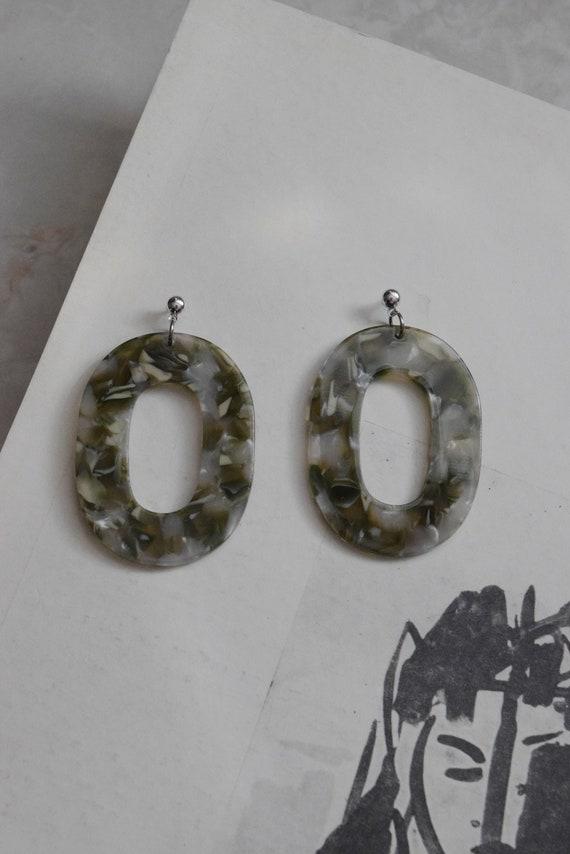 Terrazzo Acetate Oval Earring in Grass