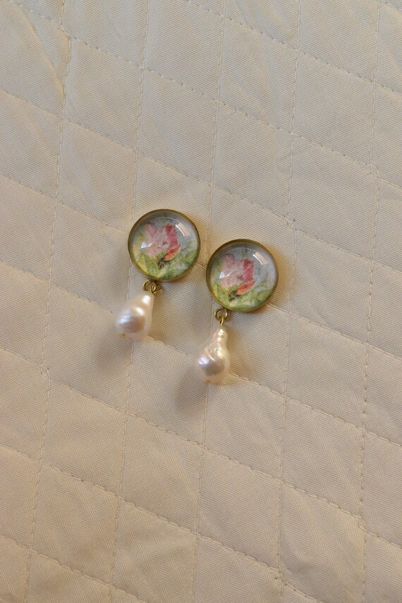 Rose & Pearl Cabochon Earrings.