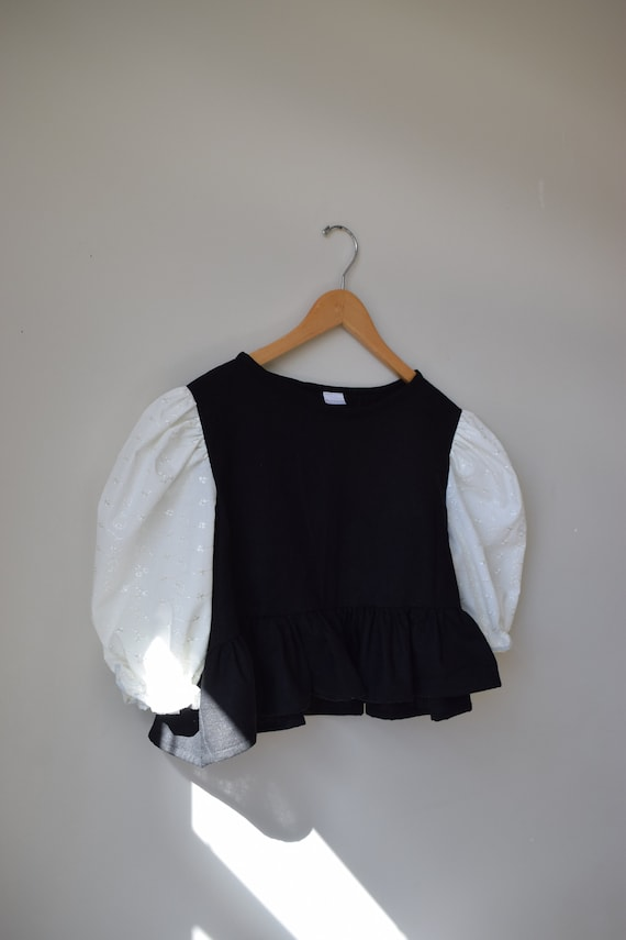 Color Block Puff Sleeve Peplum Top