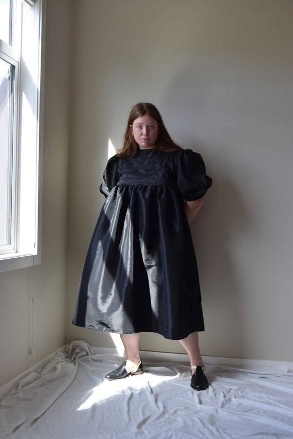 Quilted Taffeta Puff Sleeve Dres