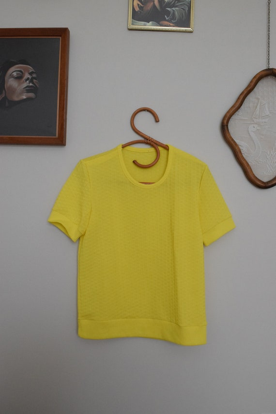 Lemon Stretch Tee