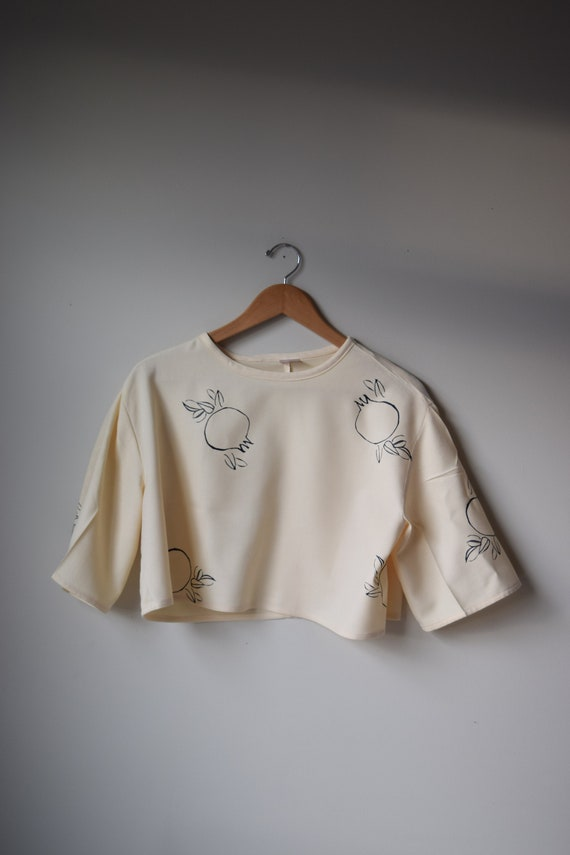 Rodie Cream Cropped Tee