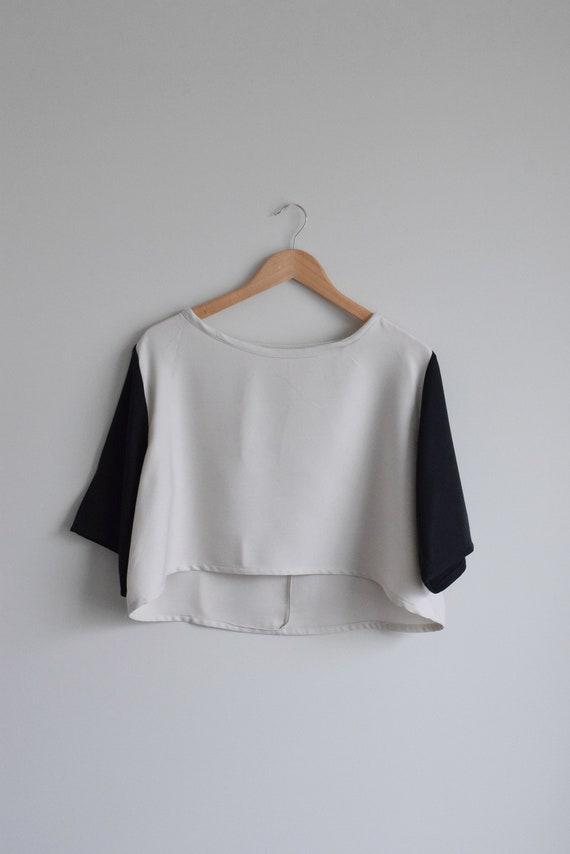 Asymmetricall Two-Tone Crop Top