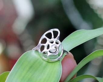 Silver Nautilus Ring, Gift for her, Seashell Ring, Shell Jewellery, 3D printed in Sterling Silver, fashion jewelry