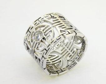18k White Gold Longevity Ring with 0.18 carat diamond