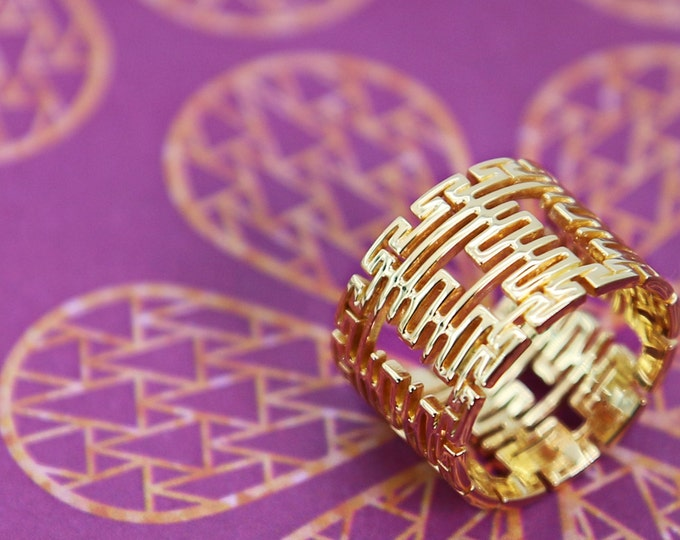 Featured listing image: 14k/18k Solid Gold Custom Wedding Ring with Chinese Double Happiness motifs, Wedding Ring, Custom Jewelry, 喜字婚戒, 18K黃金雙喜婚戒指