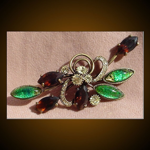 Joan Rivers Classics Collection Vintage Brooch Pin