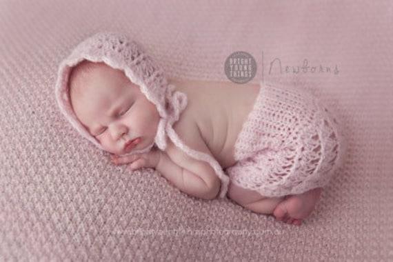 Handmade Crochet Delicate Newborn Baby Photo Prop Mohair Shell bonnet lace