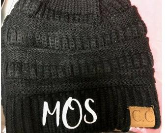 ponytail hat//crochet beanie//ponytail Beanie cap//winter hat//personalized hat//Messy Bun//knitted hat