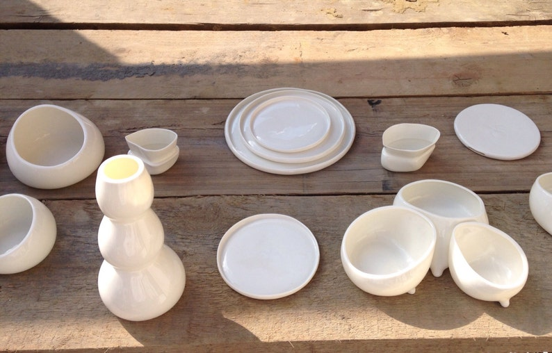 Porcelain plates delegate style dessert plate porcelain trays serving plate set of 3 plate set
