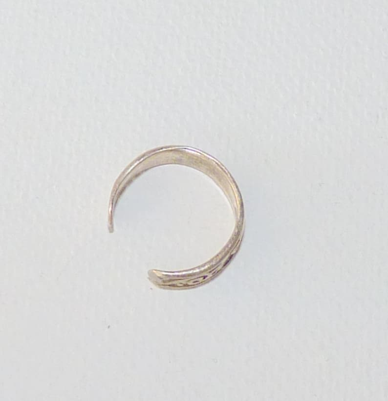 Sterling Silver Toe Ring Swirl Toe Ring 925 Vintage Silver Adjustable Ring Size 1 12 Minimalist Toe Ring Vintage Silver 925 Toe Jewelry