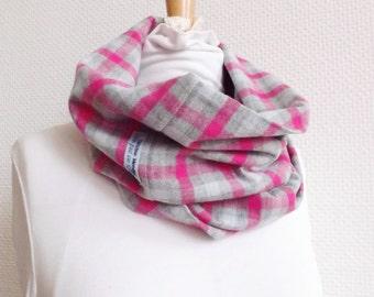 100% MADE IN FRANCE - Écharpe Tube, laine carreaux gris et rose, Tissu  français - écharpe femme, foulard infini, allaitement, snood, cadeau, 630d2633177