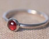 Garnet Ring, Red Garnet Ring, Garnet Jewellery, Garnet and Silver Ring, Red Gemstone Ring, Garnet Cabochon Ring
