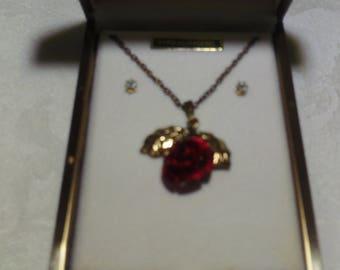 Vintage Gold Flower Pendant & Rhinestone Gold Earrings (1960's)
