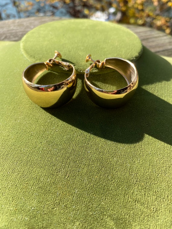 Wide Gold Hoop Napier Earrings