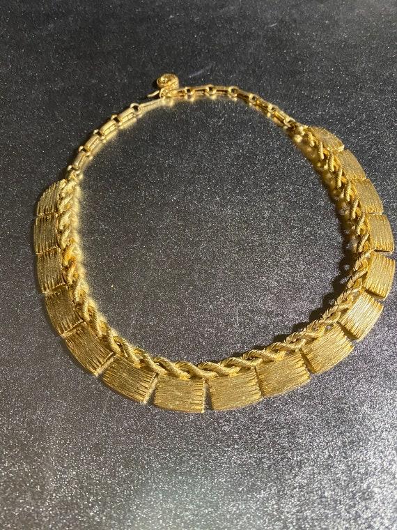 Lisner Gold Necklace