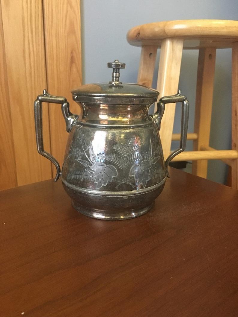 Meriden Quadruple Plated Silver Sugar Bowl