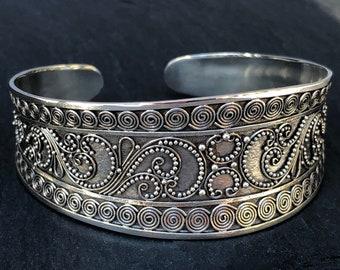 Wide Silver Bracelet Cuff Handcrafted Sterling Silver Spiral Design,Large Silver Granulation Bracelet Ethnic Tribal Style,Statement Cuff