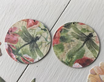 Decoupage Bar wood and roses metal disc pendants 2pc 45mm double sided aged brass