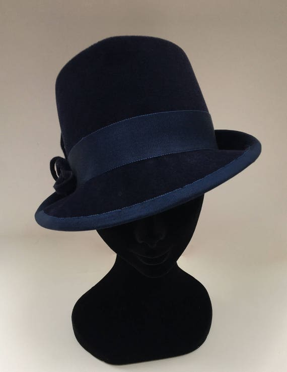 Ladies Felt Trilby with pheasant feather and felt knot trim  025d5899baf