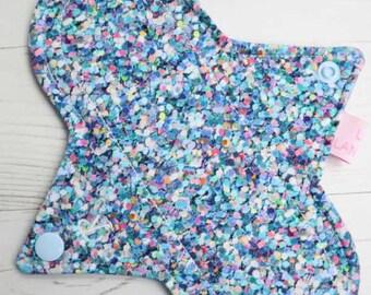 "8"" Regular Flow Reusable Cloth Pad   Shiny Penny Glitter"