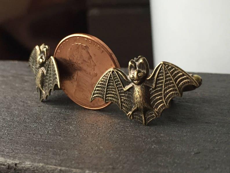 Small Gold Bat Cufflinks Men/'s Gift Gothic Wedding Men/'s Jewelry Cuff Links Gold Gothic Victorian Mens Accessories Bat Cuff Links