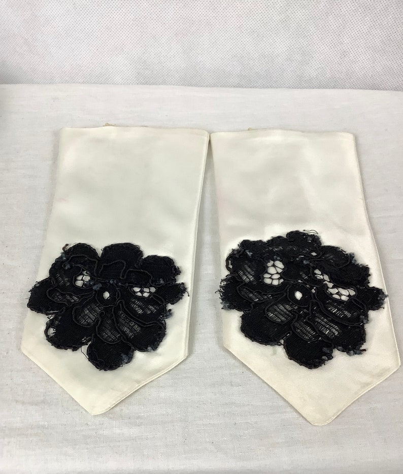 Vintage Dance Dress Childrens Dance costume 3 pieces Dress Bloomers Gloves Satin Dress Up Creative Play