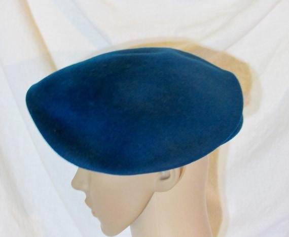 Vintage Hat Teal Blue Beret Blue Tilt Hat 1950s T… - image 2