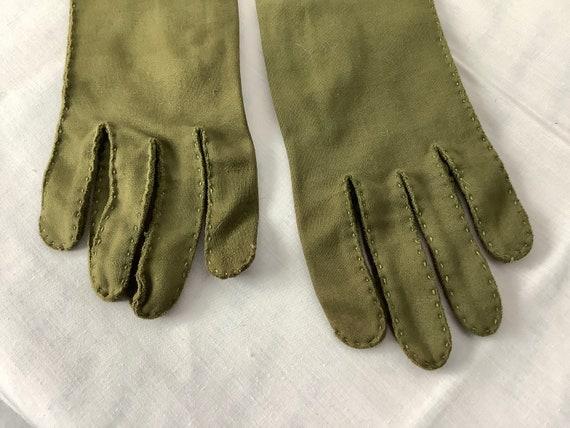 Vintage Gloves Olive Green gauntlet Gloves Opera … - image 4