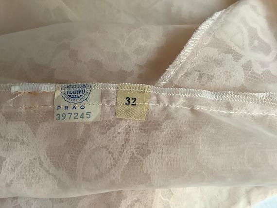 Vintage Lace Blouse Antique Lace Sleeveless Top - image 8
