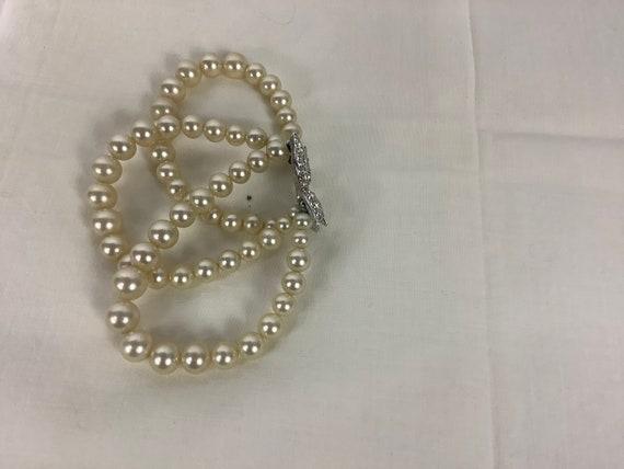 Vintage Marvella Pearl Bracelet Three Strand Pear… - image 3