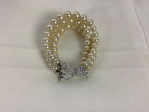 Vintage Marvella Pearl Bracelet Three Strand Pear… - image 4