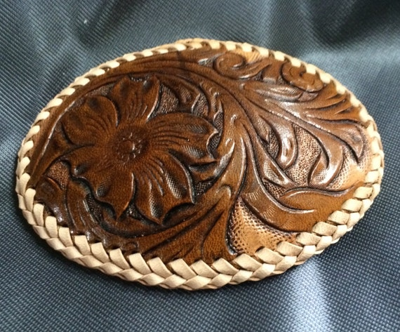 CARVING LEATHER BUCKLE