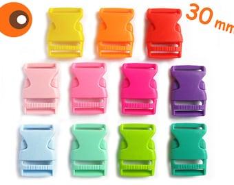 5 plug-in buckles, 30 mm, click closure