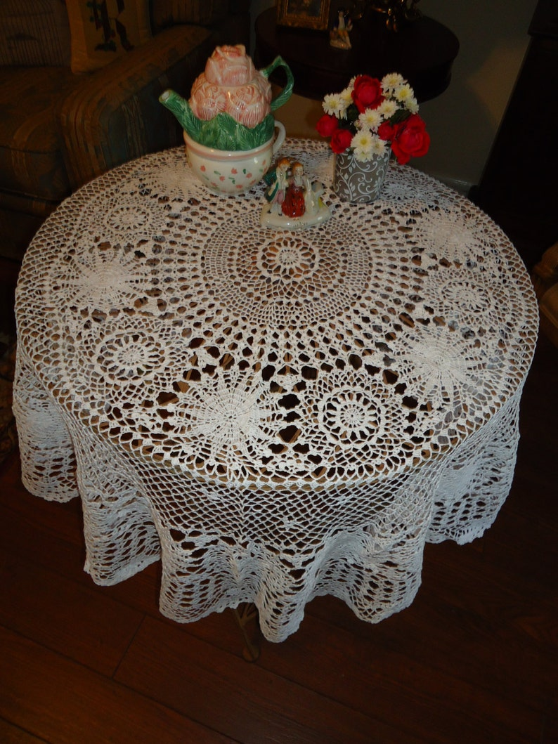 Able Antique Hand Made Lace Embroidery Drawnwork Round Tablecloth Topper 45in Nice Tablecloths