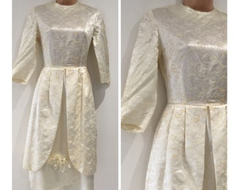 Vintage Original 1950's Size 6-8 Cream Embroidered Satin Corsage Detail Prom Style Beautiful Wedding Dress