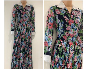 dbd101f6be Vintage 1970s Approx UK Size 8 Navy Blue White Pink & Green Floral Print Long  Sleeve Pleated Boho Occasion Maxi Dress