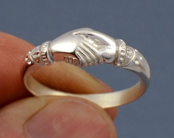e028b7f34554b4 Fede Ring a symbol of fidelity and friendship- made to your size in 925  sterling silver