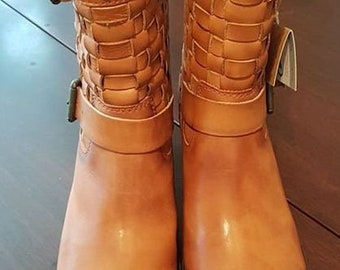ae9e7c12 New in box, ladies boots brand Pikolinos