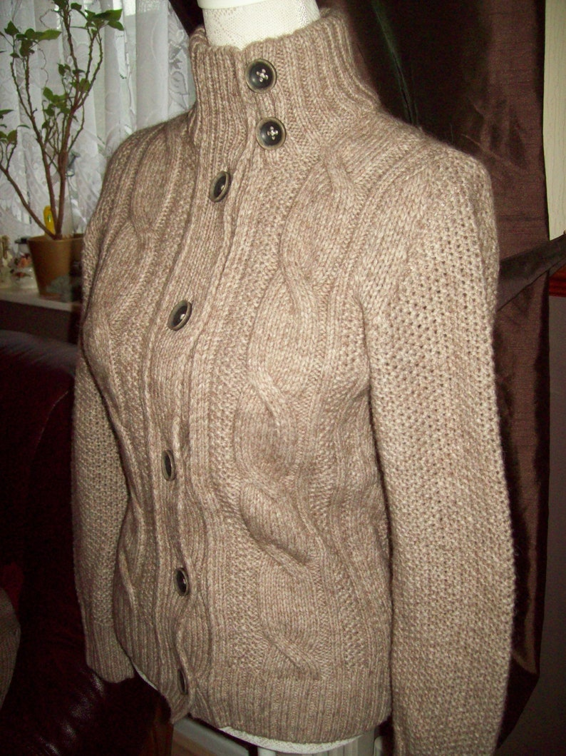 newest 33f0e 871aa A Brax feel good Ladies knitted cardigan colour Beige/ New without tags/