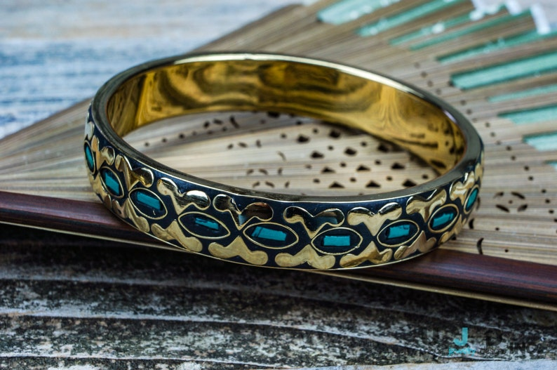 Brass Bangle Ethnic,Statement Bracelet Coral,Shell Hipster Boho Jewelry,Tribal Gold Bangle Unique,Chunky,Colorful,Boho Chic Turquoise