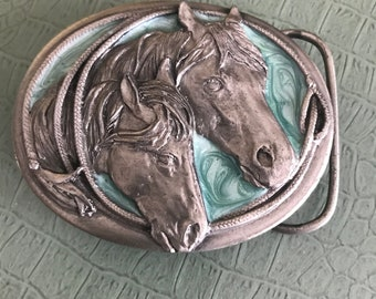 HORSE HEADS - Turquoise and silver belt buckle