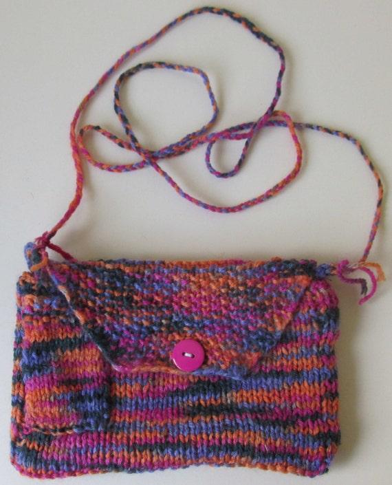 Abstrait épaule sac à main tricoté main.