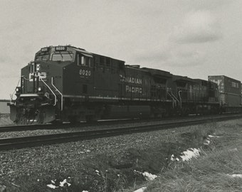 5x7 Canada Pacific Train: 5x7 Darkroom Photo Fine Art Print.