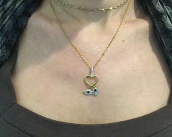 Sterling Silver 925 gold Plate Heart shape with Two charm- hand-hamsa- Evil Eye cubic Zirconia and blue stone.