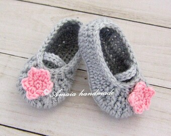 Booties for baby, Crochet baby shoes, Baby girl crochet shoes, Mary Jane Shoes for Newborn to 12 Months, Great as an baby girl shower gift