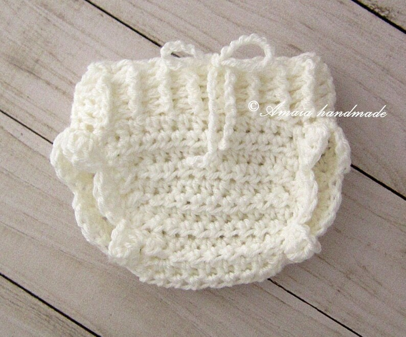 White diaper cover Great newborn photo prop! Crochet Baby girl diaper cover Made to order for Newborn to 12 Months