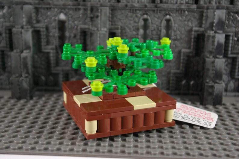 Xmas light REAL LEGO BRICKS Custom model kit Christmas Lamp Post x2