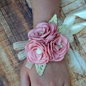 Dusty Rose Ivory Flower Wrist Corsage /& Boutonniere Vintage Inspired Wedding Satin Singed Roses Gold Leaf Mother of Bride Baby Shower Prom