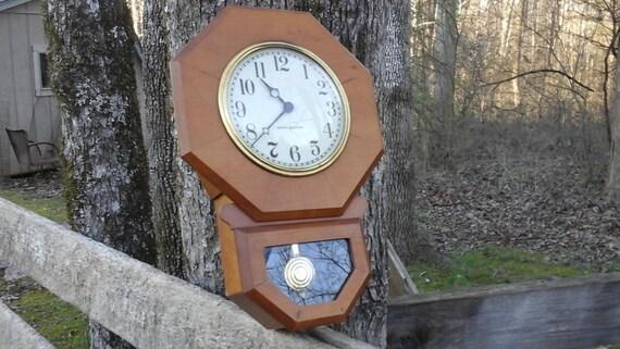 Vintage Ge Fan Model Numbers : Vintage general electric wall clock small